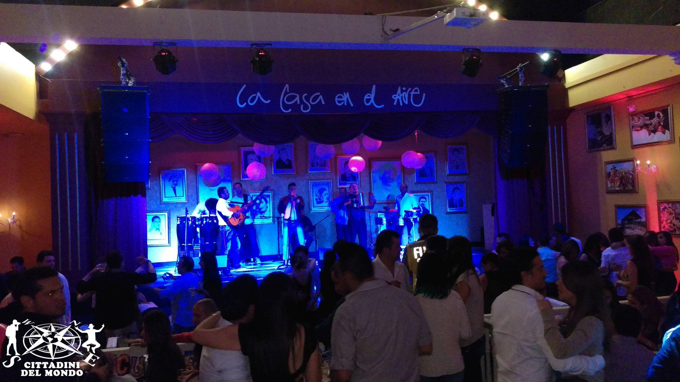 Galleria Colombia: Bogotà - La Casa en el Aire