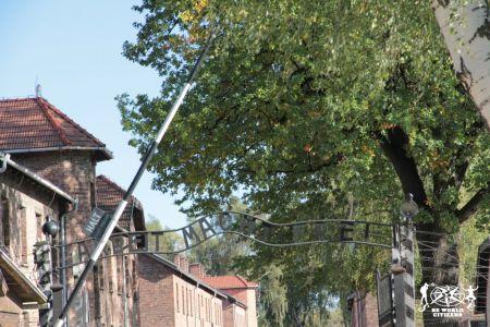 12-10-06 Auschwitz (3)