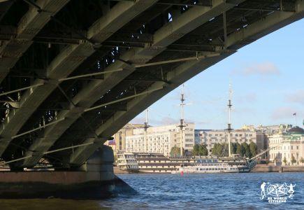 16.10.05-09-San Pietroburgo, Russia(439)