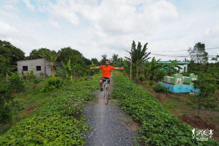 Tra le coltivazioni del Delta del Mekong
