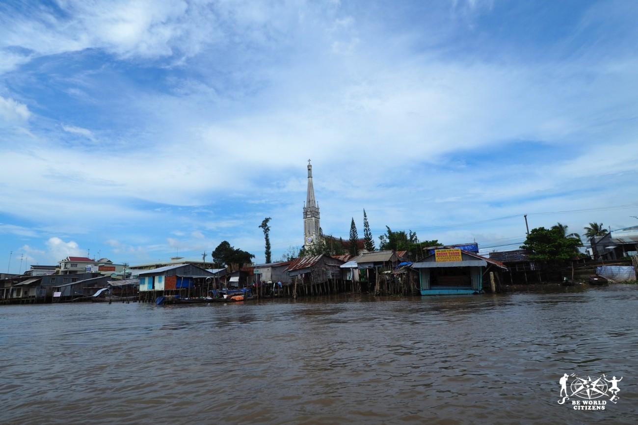 Villaggi lungo il delta del Mekong