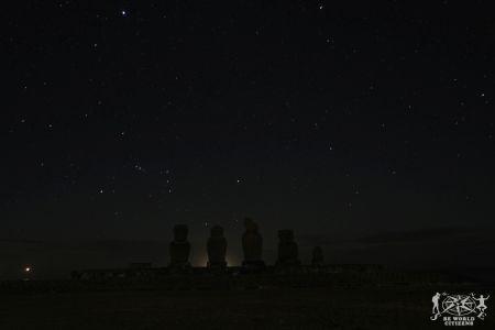 Isola di Pasqua: Moai di notte